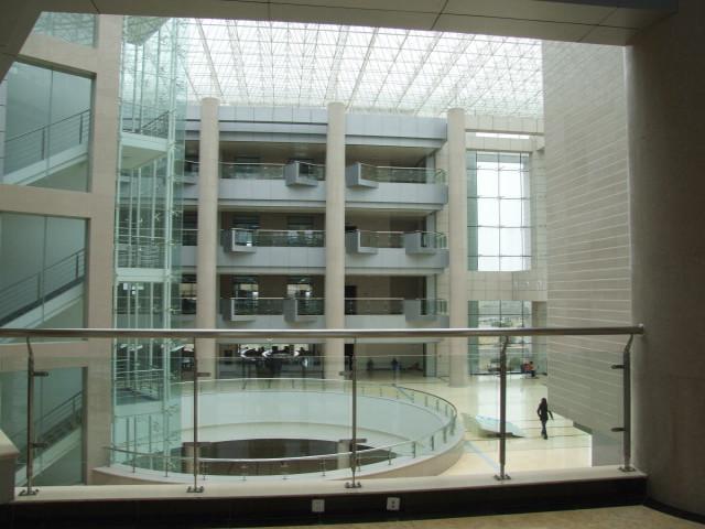 实地调研 完善图书馆新馆设计方案
